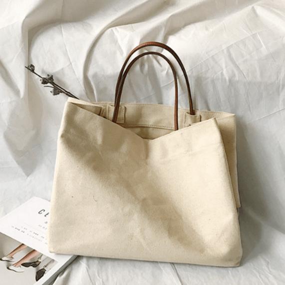 Phụ kiện túi vải bố trơn không thể thiếu khi sống ảo