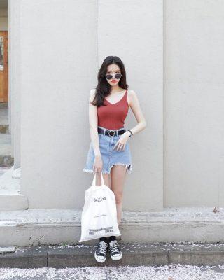 Mách bạn cách phối đồ khi dạo phố cùng túi vải
